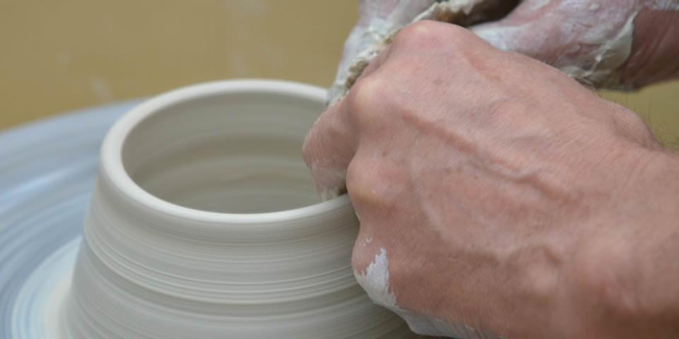デートで行く場所がないと思った時の解決方法「陶芸」