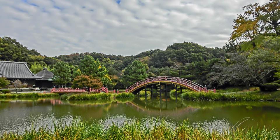 京急線から歩いて行けるデートスポット-金沢文庫