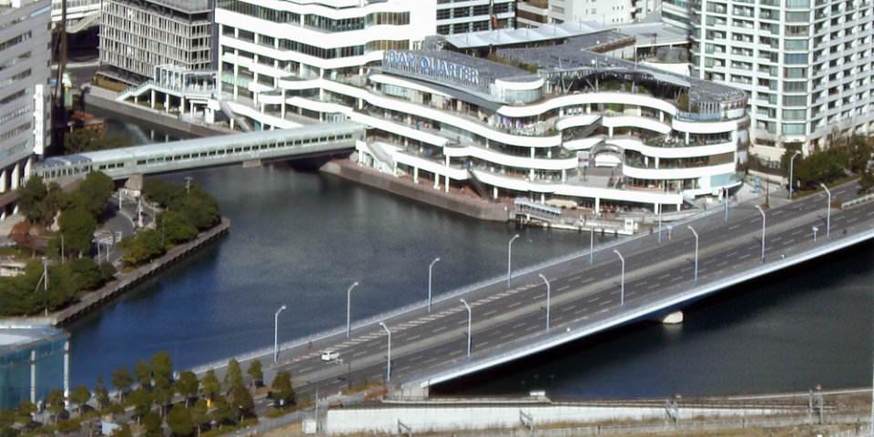 京急線から歩いて行けるデートスポット-横浜